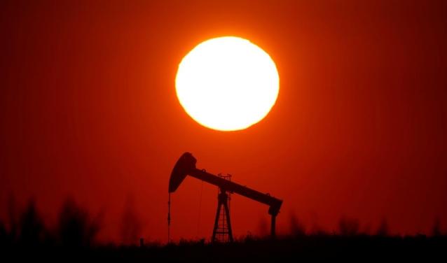Giá dầu đi xuống, Brent có quý giảm mạnh nhất năm