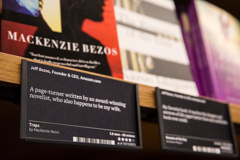 jeff bezos - 11 1569997792 - Tài sản của tỷ phú giàu nhất thế giới Jeff Bezos thay đổi thế nào qua từng năm?