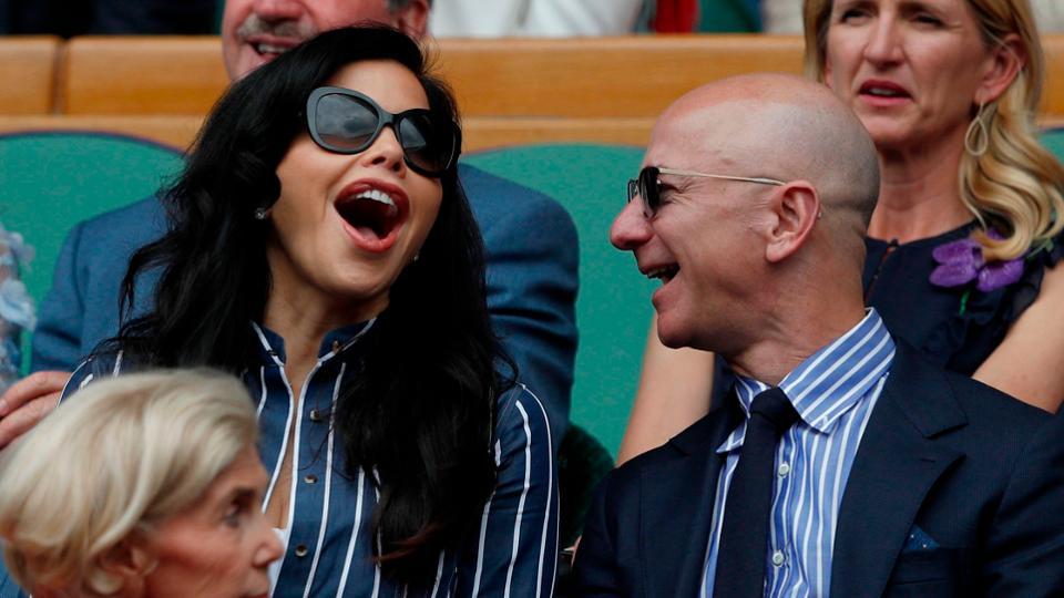 jeff bezos - 14 1569997794 - Tài sản của tỷ phú giàu nhất thế giới Jeff Bezos thay đổi thế nào qua từng năm?