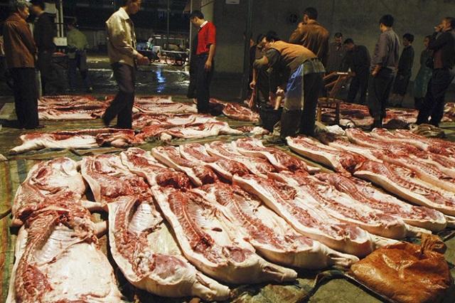 Thiếu thịt lợn, người Trung Quốc bắt đầu ăn thịt giả