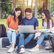 Dịch vụ thanh toán học phí điện tử đang trở nên phổ biến