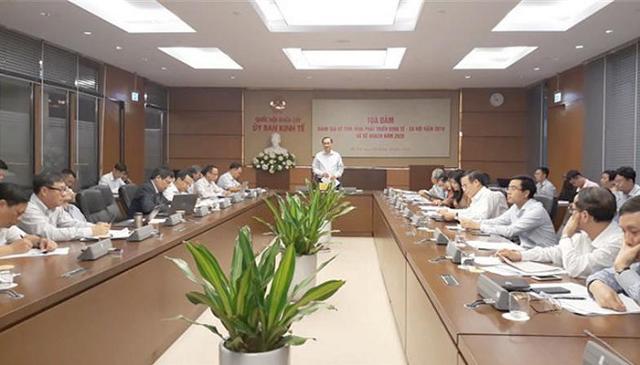 Chuyên gia kinh tế lo chuyển dịch đầu tư bất thường từ Trung Quốc