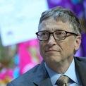 """<p class=""""Normal""""> <strong>1.<span> </span>Bill Gates</strong></p> <p class=""""Normal""""> Công ty: AutoNation</p> <p class=""""Normal""""> Giá trị cổ phần: 914,5 triệu USD</p> <p class=""""Normal""""> Tổng tài sản: 105 tỷ USD</p> <p class=""""Normal""""> Khoảng 0,9% tài sản của Bill Gates, nhà đồng sáng lập Microsoft đến từ hãng bán lẻ ôtô AutoNation. Số tài sản còn lại đến từ Microsoft và Cascade Investment – công ty đầu tư nắm giữ cổ phần tại hàng chục doanh nghiệp đã niêm yết trong đó có Canadian National Railway, Deere, và Ecolab. (Ảnh: <em>Bloomberg</em>)</p>"""