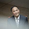 """<p class=""""Normal""""> <strong>7.<span> </span>Li Shu Fu</strong></p> <p class=""""Normal""""> Công ty 1: Geely Automobile Holdings</p> <p class=""""Normal""""> Giá trị cổ phần: 38,9 triệu USD</p> <p class=""""Normal""""> Công ty 2: Zhejiang Geely Holding Group</p> <p class=""""Normal""""> Giá trị cổ phần: 10,5 tỷ USD</p> <p class=""""Normal""""> <span>Tổng tài sản: 10,6 tỷ USD</span></p> <p class=""""Normal""""> Tập đoàn Geely do ông Li Shufu sáng lập là một trong những hãng sản xuất ôtô tư nhân lớn nhất Trung Quốc. Năm 2010, Geely chi 1,5 tỷ USD mua lại Volvo. (Ảnh: <em>Bloomberg</em>)</p>"""
