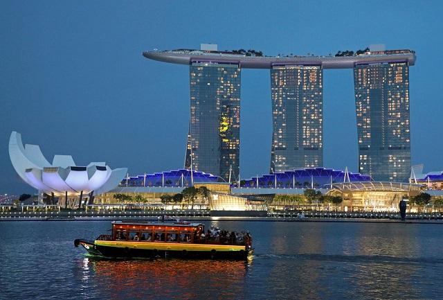 singapore-6938-1571041645.jpg