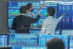 Chứng khoán ngày 14/10: Cổ phiếu ngân hàng bứt phá