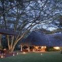 """<p class=""""Normal""""> <strong>1.<span> </span>Sirikoi Lodge</strong></p> <p class=""""Normal""""> Địa điểm: Lewa Wildlife Conservancy, Kenya</p> <p class=""""Normal""""> Giá khởi điểm/đêm: Chỉ thông báo giá khi được yêu cầu</p> <p class=""""Normal""""> Resort được xây dựng trên một vùng đất hoang dã tại Kenya. Nơi đây gồm một nhà nghỉ chính, một ngôi nhà nhỏ và 4 lều. (Ảnh: <em>Sirikoi</em>)</p>"""