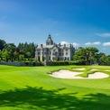 """<p class=""""Normal""""> <strong>5. Adare Manor</strong></p> <p class=""""Normal""""> Địa điểm: Limerick, Ireland</p> <p class=""""Normal""""> Giá khởi điểm/đêm: 384 USD</p> <p class=""""Normal""""> Khu nghỉ dưỡng có sân golf được đánh giá cao và nhà hàng đạt sao Michelin. (Ảnh:<em> Adare Manor</em>)</p>"""