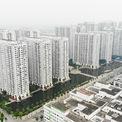 <p> Tuyến đường Minh Khai (quận Hai Bà Trưng) hiện cũng là một trong những điểm thường xuyên xảy ra tình trạng ùn tắc giao thông bởi hàng loạt dự án chung cư cũ, mới.</p>