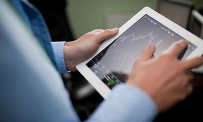 Ngày 16/10: Khối ngoại sàn HoSE tiếp tục bán ròng 71 tỷ đồng