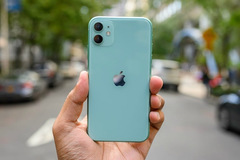iPhone 11 Pro bán ế, nhiều cửa hàng dừng kinh doanh