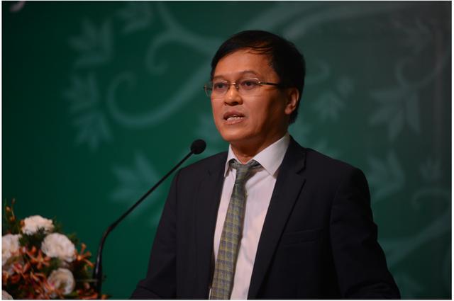 Ông Nguyễn Đức Vinh: Nhân sự ngân hàng sẽ giảm trong 5 năm tới, VPBank 9 tháng giảm 2.500 người