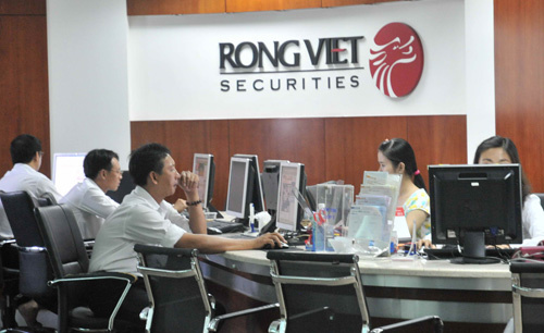 Rồng Việt tăng dự phòng phải thu khó đòi, lãi quý III giảm 58%