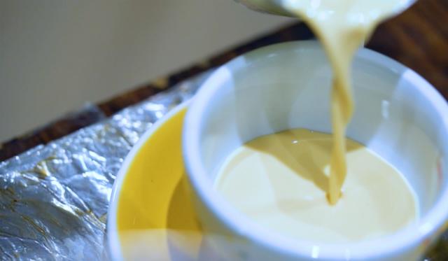 Người dân Hong Kong uống khoảng 2,5 triệu ly trà sữa mỗi năm. Ảnh: SCMP.