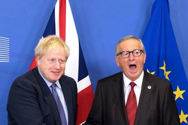 Thế giới tuần qua: Anh, EU đạt thỏa thuận Brexit, Nhật Bản hứng siêu bão mạnh nhất 60 năm