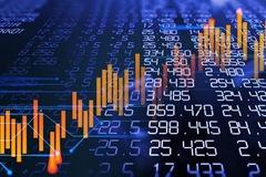 Chứng khoán ngày 21/10: Cổ phiếu ngân hàng đồng loạt giảm sâu, VN-Index mất gần 6 điểm