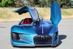 DS X E-Tense - siêu xe 'dị dạng'