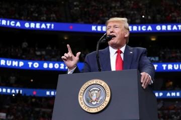 Trump ca ngợi đàm phán với Trung Quốc, Mỹ cân nhắc hủy kế hoạch áp thuế vào tháng 12
