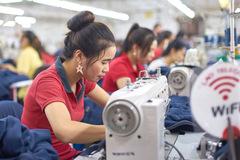 Việt Nam xuất siêu 6,83 tỷ USD