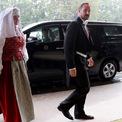 <p> Thái tử kế vị Na Uy Haakon đến hoàng cung ở Tokyo.</p>