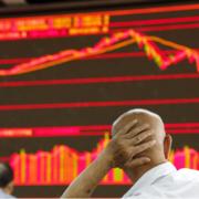 Brexit lại gặp trở ngại, chứng khoán châu Á giảm