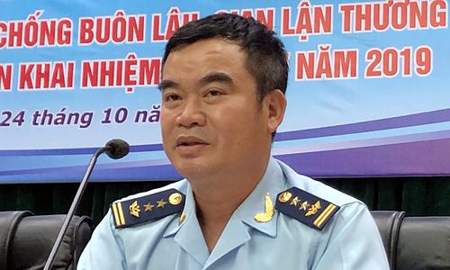 Ông Nguyễn Văn Ba thông tin về vụ việc Asanzo tại họp báo chiều 24/10. Ảnh: Anh Tú