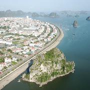 Quảng Ninh 'tuýt còi' đề xuất tăng giá vé tham quan vịnh Hạ Long