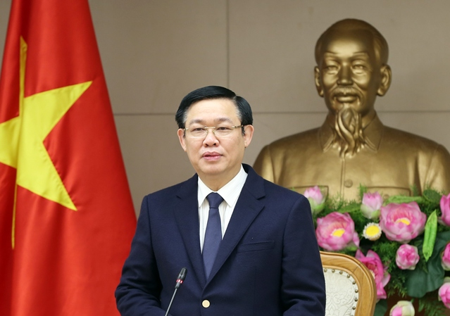 Phó Thủ tướng Vương Đình Huệ lên đường thăm các nước châu Phi