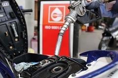 Không chi Quỹ Bình ổn, giá xăng tiếp tục giảm