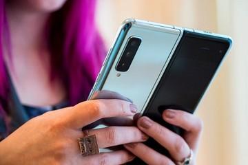 Samsung Galaxy Fold giá hơn 50 triệu đồng tại Việt Nam