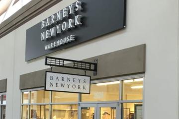 Chuỗi trung tâm mua sắm biểu tượng xa xỉ của New York vừa nối gót Forever 21 nộp đơn xin phá sản