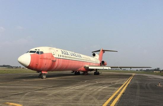 Chiếc Boeing 727 - 200 bị bỏ rơi nhiều năm tại Nội Bài.