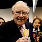 Công ty của Warren Buffett có gần 130 tỷ USD tiền mặt