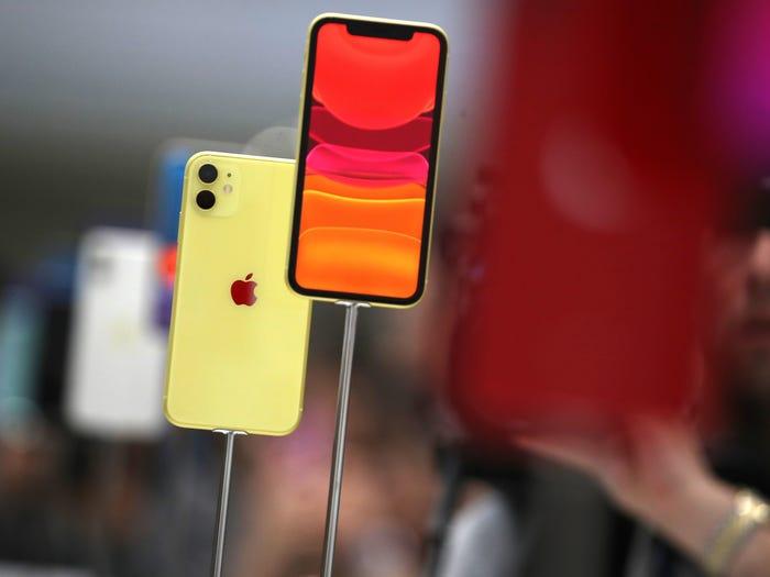- 2 1572860738 - 10 smartphone tốt nhất thế giới hiện nay: Đứng đầu không phải iPhone 11 hay Galaxy Note