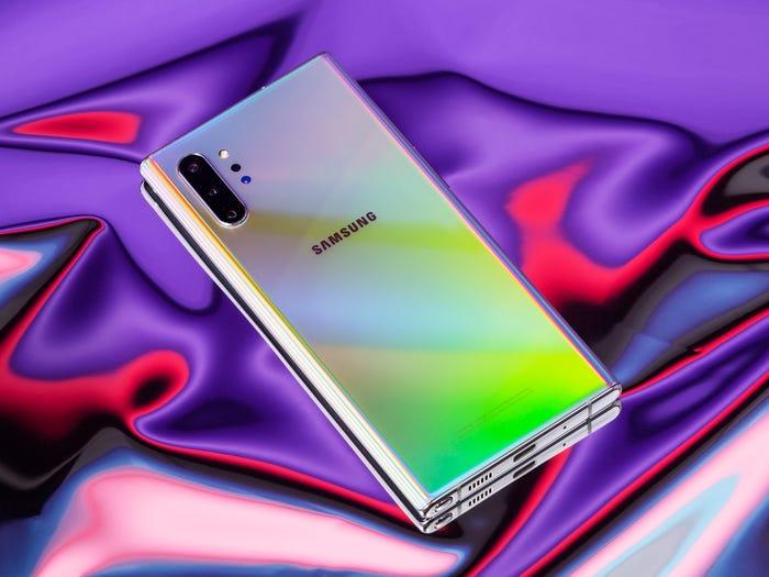 - 8 1572860740 - 10 smartphone tốt nhất thế giới hiện nay: Đứng đầu không phải iPhone 11 hay Galaxy Note