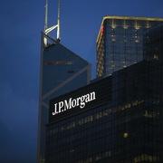 J.P. Morgan: 4 cổ phiếu ngân hàng Việt Nam có thể tăng 14-68% trong 12 tháng tới