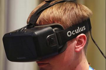 Facebook sản xuất kính thực tế ảo Oculus tại Việt Nam