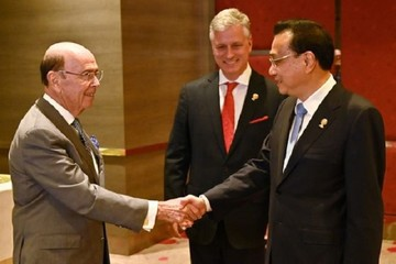 Bloomberg: Trung Quốc cân nhắc phương án sang Mỹ ký thỏa thuận