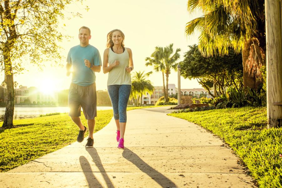 Thêm 15 phút đi bộ mỗi ngày, thế giới có thêm 100 tỷ USD/năm