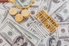 Ngân hàng lỗ, lãi trăm tỷ với mảng kinh doanh ngoại hối