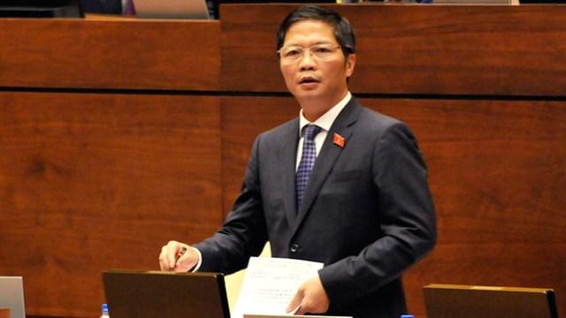 Bộ trưởng Công Thương nhận trách nhiệm phê duyệt điện mặt trời vượt dự kiến lưới