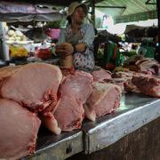 Giá thịt heo lập đỉnh mới