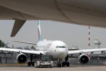 9 nước EU kêu gọi đánh thuế mạnh với ngành hàng không