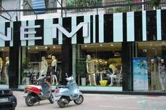 'Đế chế' thời trang NEM: Từng bị VietinBank rao bán nợ xấu đến nghi án cắt mác