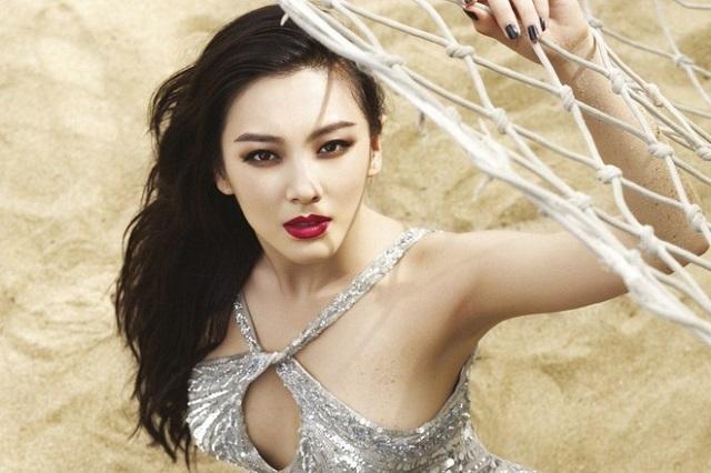 - 180 9924 1573523076 - Nữ đại gia Trung Quốc vung tiền cho thời trang công sở xa xỉ