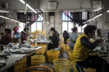 Trung Quốc hạ giá bán - rủi ro giảm phát của thế giới