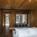 <p> Khi sử dụng vách ngăn, căn phòng ngủ lớn được chia làm 2 phòng ngủ nhỏ, đảm bảo sự riêng tư.</p>
