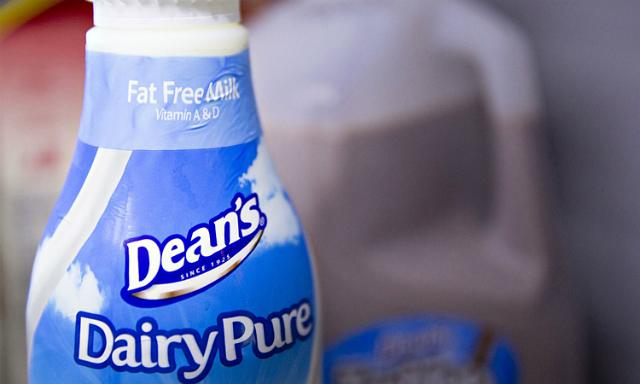 Một sản phẩm sữa của Dean Foods. Ảnh: Bloomberg