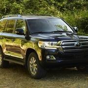 Toyota Land Cruiser tại Việt Nam tăng giá, thêm trang bị