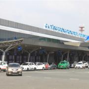 Phương tiện vào sân bay sẽ được miễn phí 10-15 phút